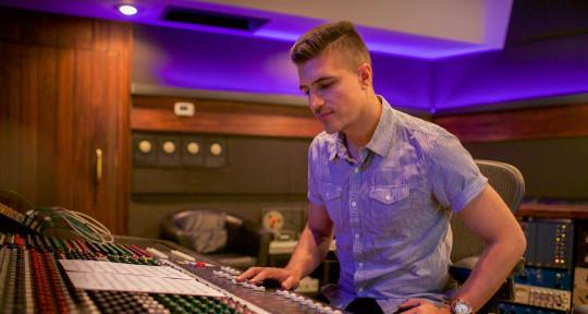 Producer I Mixer - ESTICO