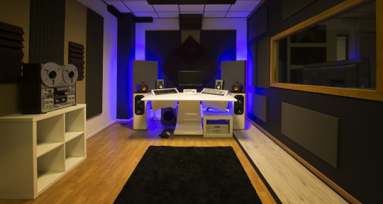 Remote Mixing & Mastering - Headroom Mastering