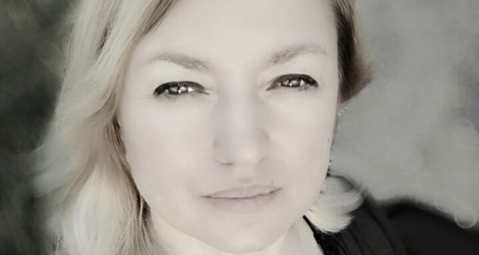 Songwriter - Lyrics - Suzana Trifkovic