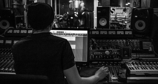 Producer | Multi-Instr - Will Schollar