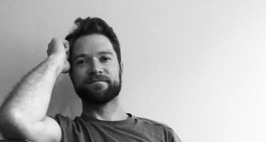 Multi instrumentalist producer - Eric Knutson