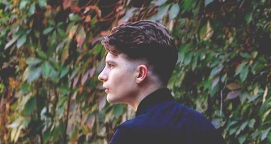 Producer/Singer/Songwriter - Tom Probizanski