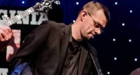 Resophonic Guitarist - Chris Stockwell