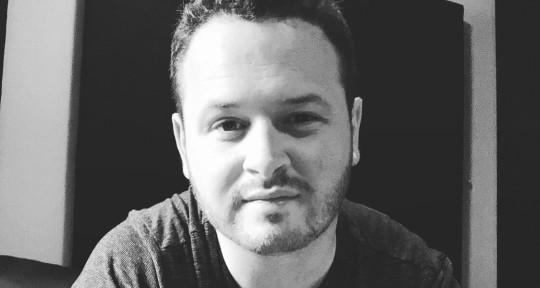 Producer/Vocalist/Guitarist - Joe Jacobs - Singer/Producer
