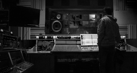 Recording & Mixing Engineer  - Daniel Gutierrez