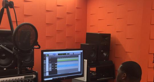 Music Producer, Audio Engineer - Treymon Williams