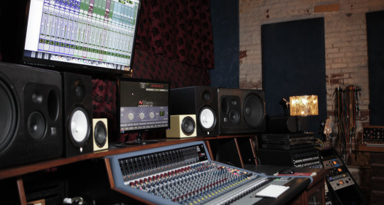 Recording Studio - Voltiv Sound