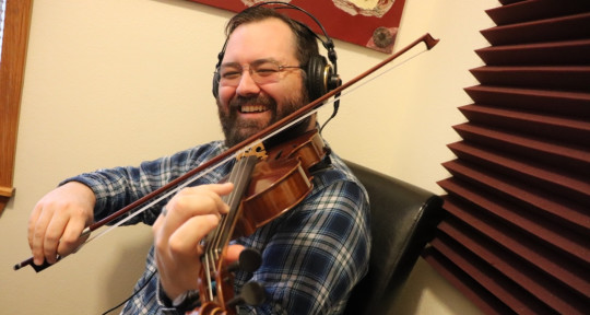 Fiddle, mandolin, viola - Justin Branum
