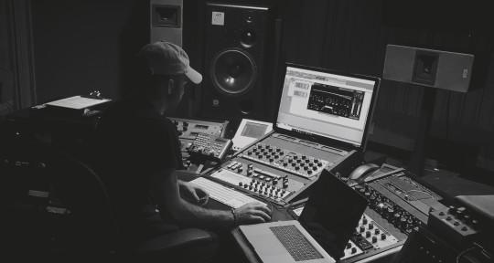 Producer, mixing & mastering - Pietro Villani