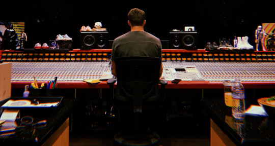 Mixing Engineer - Mike Seaberg
