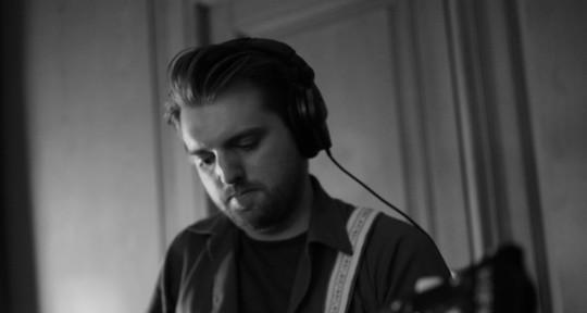 Recording/Touring Bass Player - Wayne Whittaker