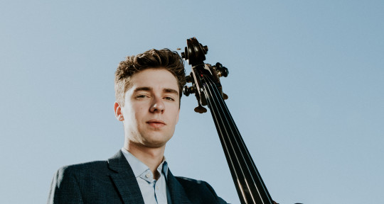 Upright and Electric Bassist  - Samuel Smith