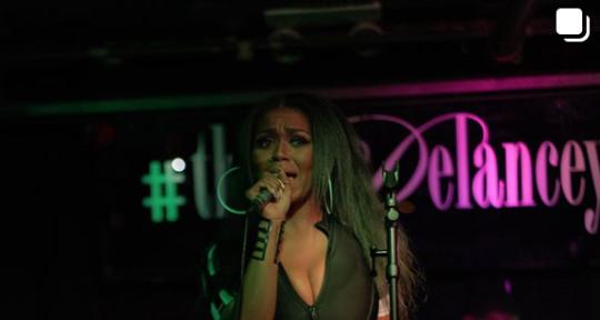 Songwriter & Singer - Tewa Leah