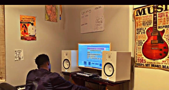 Music Producer & Engineer - JayDiggyBeatz