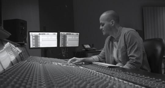 Remote Mixing & Mastering - Manuel Zumeta