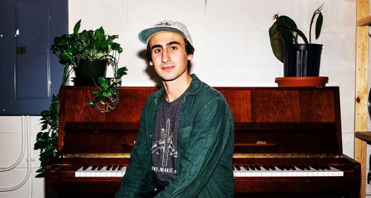 Session Piano Player - Quinn Devlin