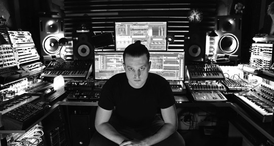 Producer, Mixing & Mastering - Daniele Vantaggio