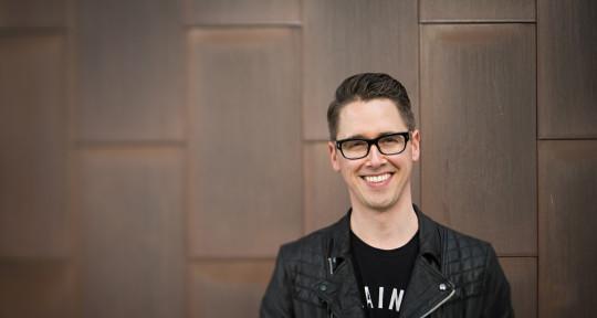 Singer | Songwriter | Guitar - Kyle Stevens