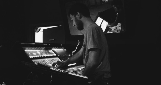 Music Producer, Mixing Enginee - Ulaş