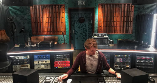 Vocal/Music Producer & Mixing - Harmen
