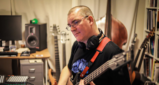 Session Bassist & FX Wizard - Al Swainger