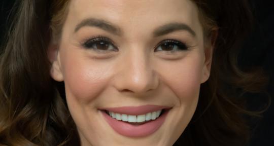 Singer, Songwriter, Pianist  - Vandi Lynnae Enzor