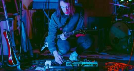 Session Guitarist - Taylor Bridges