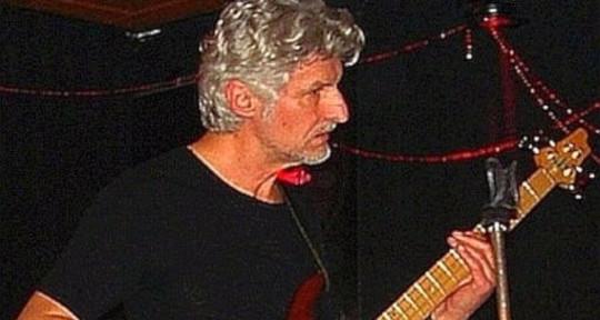 Freelance Bassist & Composer - Jürgen Joherl