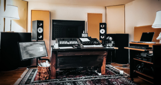 Photo of Blackbird Mastering