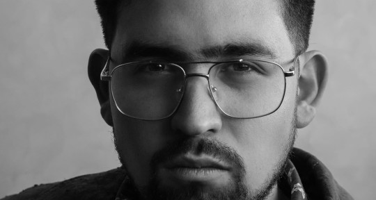 Music Producer, Singer - Luis Mi