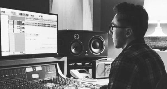 Mix Engineer  - Harry Bennett