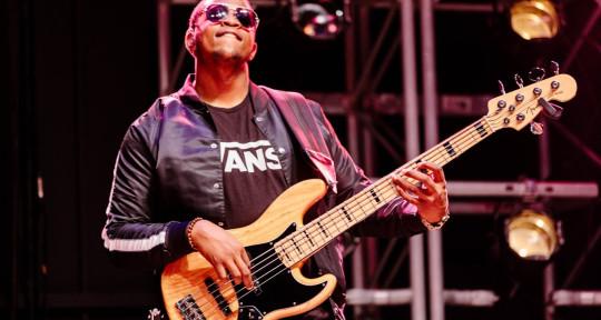 Session Bassist,Music producer - JayBassMusic