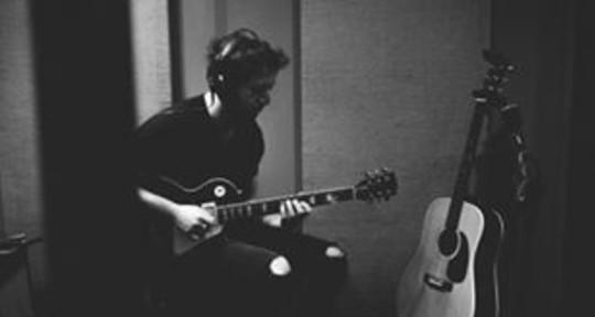 Session Guitarist - Gan Marco Mento
