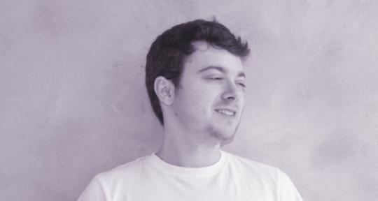Producer+engineer+artist - Tom Casey