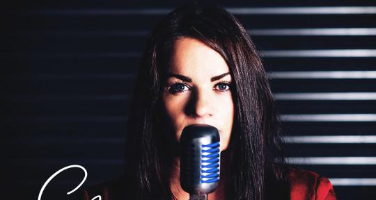 Topliner - Pop - Dance - EDM  - Sophia - Singer - Songwriter