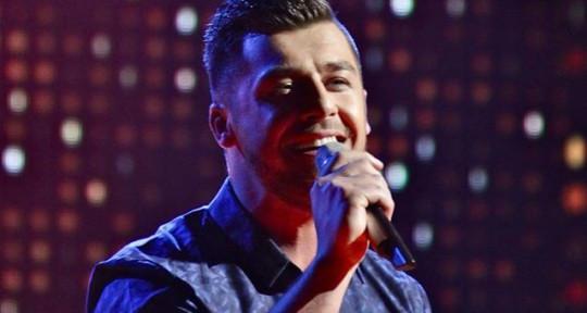 Professional singer - Alen Duras