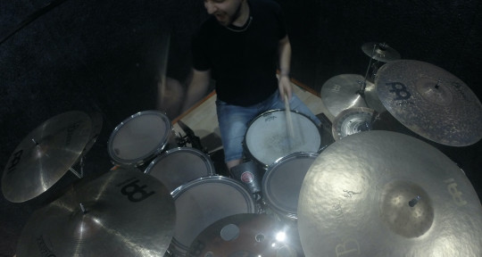 Session Drummer/Live Drums/Mix - Chris