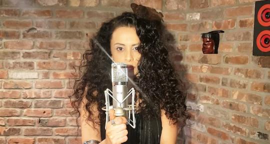 Singer and Performer - Shlomit Levi