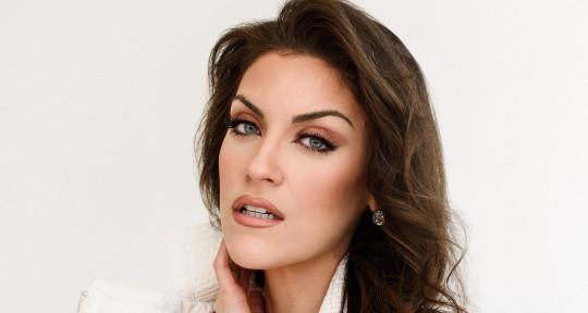 Singer-Songwriter - Cristina Caro