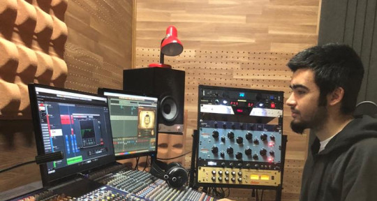 Recording/Mixer engineer - Pablo Serrano