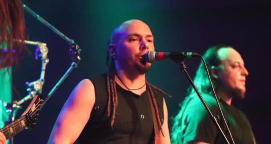 """Singing - Jörg """"Mo"""" Naneder"""