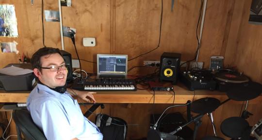 Music Producer - Davey