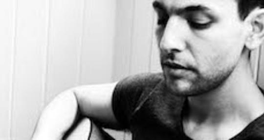 Topliner/Lyricist/Vocalist - Darius