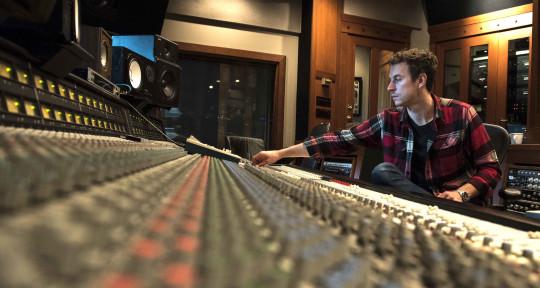 Remote Mixing & Mastering - Dave Meszaros