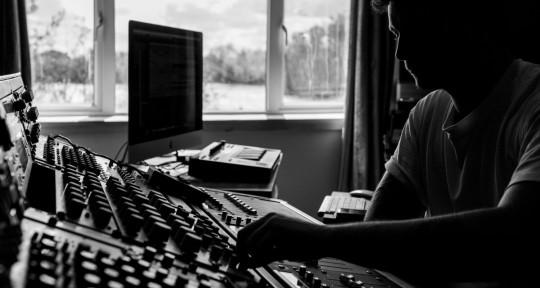 Mixing and Mastering Studio - Mastering at BRS