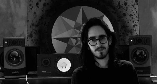 Recording and Mixing Engineer - Carlos Mas
