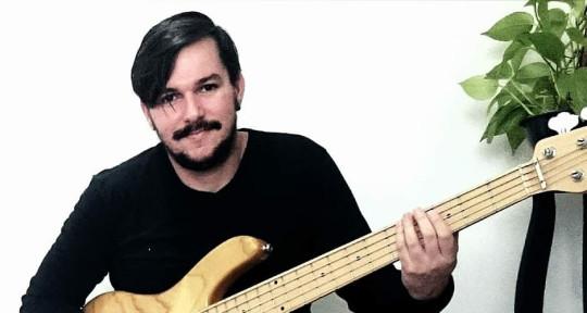 Recording Bass   - Felipe Barros