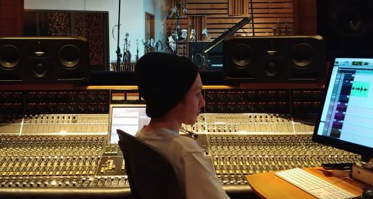 Mixing and Mastering Engineer - Joshua Neumann