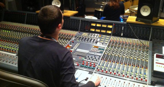 Remote Mixing & Mastering - Alex Istrate
