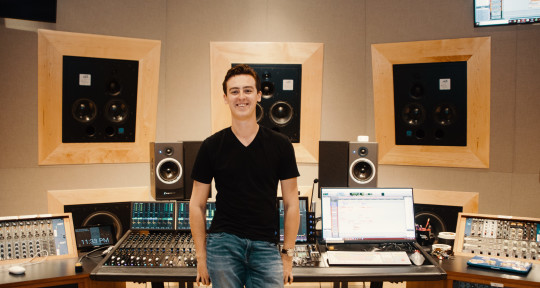 Mixing & Mastering Engineer - Evan Berg